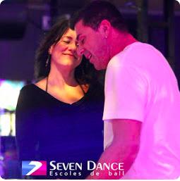 Clase de baile GRATUITA para curso TRIMESTRAL de iniciación a los BACHATA de Abril a Junio repartido en 10h.
